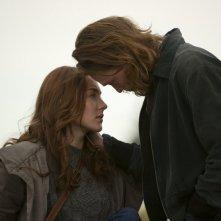 Saoirse Ronan con Caleb Landry Jones nel vampiresco 'Byzantium' del 2013