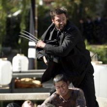 Wolverine: l'immortale - Hugh Jackman sfida un gruppo di nemici tatuati
