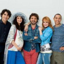 Un fantastico via vai: Leonardo Pieraccioni in una foto promozionale insieme al suo giovane cast