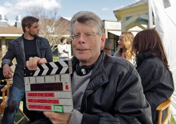 Under the Dome: Stephen King sul set della serie