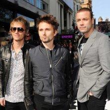 World War Z: i Muse, autori della colonna sonora del film, posano sul red carpet della premiere londinese del film