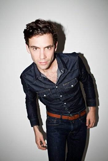 X Factor 7: Mika, il nuovo giudice, in una foto promozionale