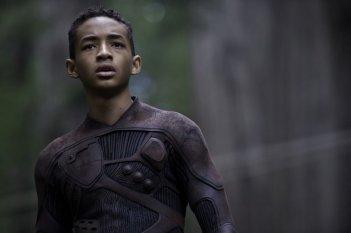Jaden Smith nel ruolo di Kitai Raige in una scena di After Earth - Dopo la fine del mondo