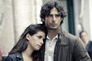 Squadra antimafia 5: Marco Bocci e Giulia Michelini in una scena della fiction
