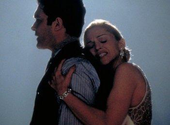 Madonna e Antonio Banderas impegnati in un tango in una sequenza di Evita (1996)