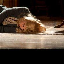 Tra cinque minuti in scena: Elena Russo Arman in una scena