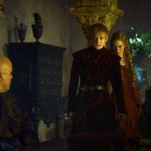 Il trono di spade: Conleth Hill, Lena Headey, Jack Gleeson e Peter Dinklage in una scena dell'episodio Mhysa