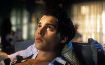 Johnny Depp nel film Cry-Baby di John Waters
