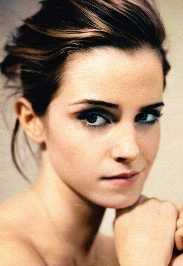 Uno splendido ritratto di Emma Watson.