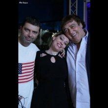 Maurizio Mattioli con Stefano Calvagna e Gaia Zucchi sul set di Rabbia in pugno