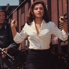 Raffaella Carrà in una scena de Il colonnello Von Ryan