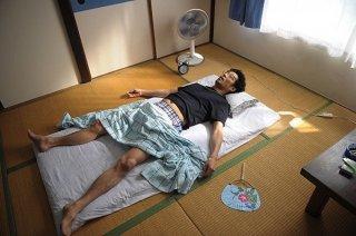 Shin'ichi Tsutsumi è Shizuo nella commedia giapponese Ore wa Mada Honki Dashite nai Dake
