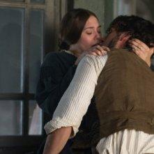 Thérèse: Elizabeth Olsen e Oscar Isaac in una bollente scena