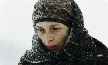 Alma Prica in una scena del film Halima's Path