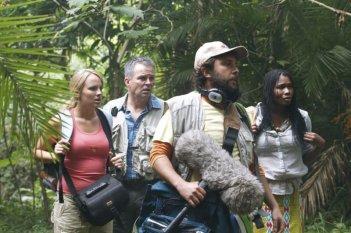 The Lost Dinosaurs: una scena di gruppo tratta dal film d'avventura di Sid Bennett