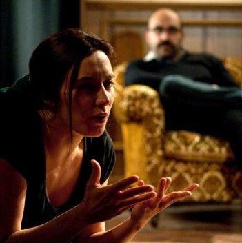 Tra cinque minuti in scena: la regista Laura Chiossone sul set