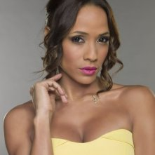 Devious Maids: Dania Ramirez in una foto promozionale della serie