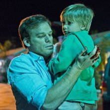 Dexter: Jadon Wells e Michael C. Hall nell'episodio A Beautiful Day
