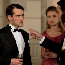 Ed Stoppard è Adrien nel dramma francese Belle du Seigneur