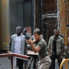 Graceland: Aaron Tveit in una scena del pilot della serie