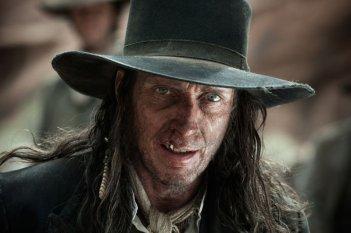 The Lone Ranger: William Fichtner nei panni di Butch Cavendish in una scena