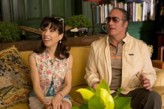 Blue Jasmine: Sally Hawkins ed Andrew Dice Clay in una scena del film
