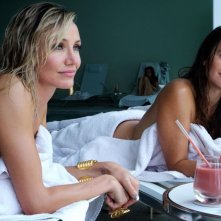 The Counselor - Il procuratore: Cameron Diaz e Penelope Cruz in un'immagine tratta dal film