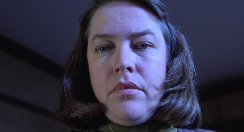 Kathy Bates nel ruolo di Annie Wilkes in Misery (1990)