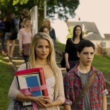 The Family: Dianna Agron e John D'Leo fuori dalla scuola