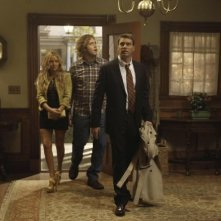 The Goodwin Games: T.J. Miller, Scott Foley e Becki Newton in una scena della serie