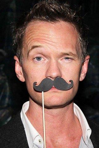 Neil Patrick Harris, un attore coi baffi