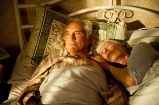 Song for Marion: Vanessa Redgrave e Terence Stamp in una tenera scena del film