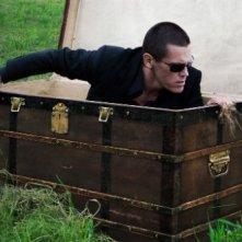 Old Boy: Josh Brolin esce da un baule