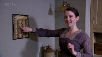 Downton Abbey: Sophie McShera in una scena della serie