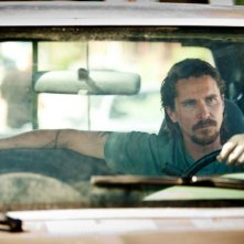 Out of the Furnace: Christian Bale alla guida del suo furgone