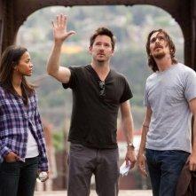 Out of the Furnace: Zoe Saldana e Christian Bale asul set col regista Scott Cooper