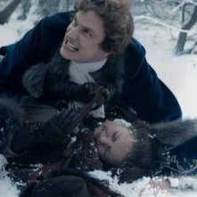 A Royal Affair: Mikkel Følsgaard in una concitata scena del film nei panni di re Christian VII