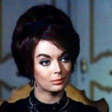 Barbara Steele in una scena del film Lo spettro