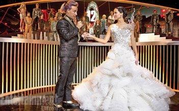 Hunger Games: la ragazza di fuoco: foto promozionale che mostra Jennifer Lawrence insieme a Stanley Tucci