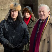 Red 2: Bruce Willis, John Malkovich e Anthony Hopkins in una scena del film