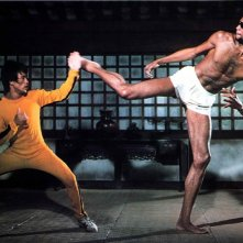 Bruce Lee e Kareem Abdul-Jabbar in una spettacolare scena de L'ultimo combattimento di Chen