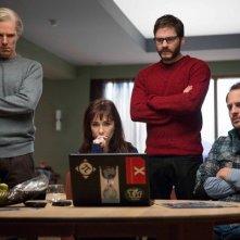 The Fifth Estate: Benedict Cumberbatch, Daniel Bruhl, Carice van Houten e Moritz Bleibtreu intorno a un computer