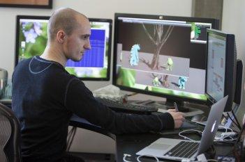 Monsters University: Davide Pesare al lavoro su una scena del film