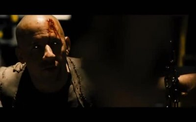 Red Band Trailer - Riddick