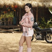 Teen Beach Movie: Grace Phipps in una foto promozionale è Lela