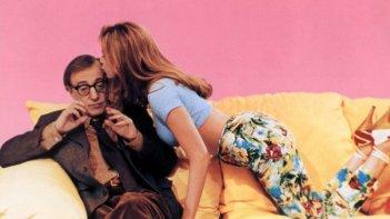 La dea dell'amore: Woody Allen e Mira Sorvino in una scena del film