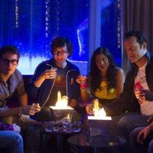 Gli stagisti: Owen Wilson e Vince Vaughn in discoteca con Josh Brener, Dylan O'Brien, Tobit Raphael e Tiya Sircar