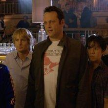 Gli stagisti: Owen Wilson e Vince Vaughn in un'immagine del film con Josh Brener, Dylan O'Brien, Tobit Raphael e Tiya Sircar