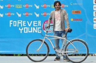Marco Bocci in bicicletta a Giffoni Experience 2013