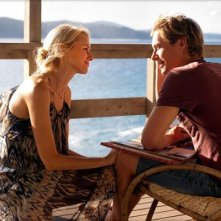 Perfect Mothers: Naomi Watts e Xavier Samuel in una scena tratta dal film